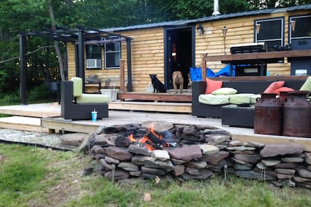 Rustic Cabin - very private