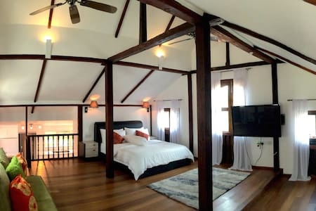 The Love Shack: A Romantic Getaway - Langkawi - Bed & Breakfast