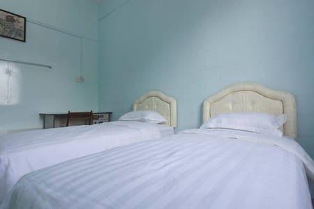 Room 3 - Kota Kinabalu - Szoba reggelivel