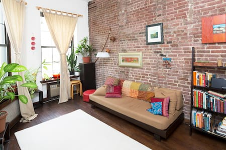 Charming triplex in NYC brownstone!