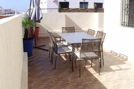 Appartement de type P3 +terrasse - Rabat