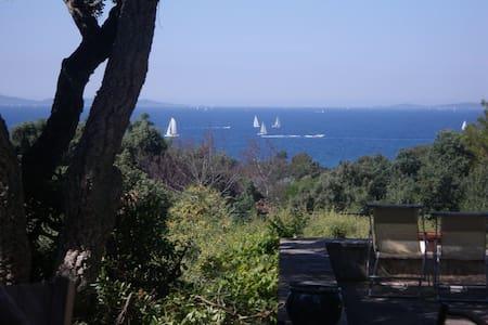 °  Maison Provençale proche plages - Haus