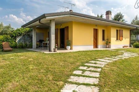 Villa Angela - Tra lago e colline - Manerba del Garda - Vila