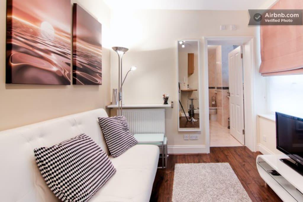 London Luxury Apartment#2 Zone 1