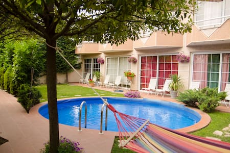 Duplex one-bedroom with terrace and pool view - 3 - Apartment