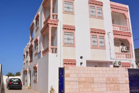 Dyar EL GUELLALI - Apartment