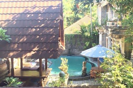 Ubud Palace & Market Sania Bungalow with fan - Guesthouse