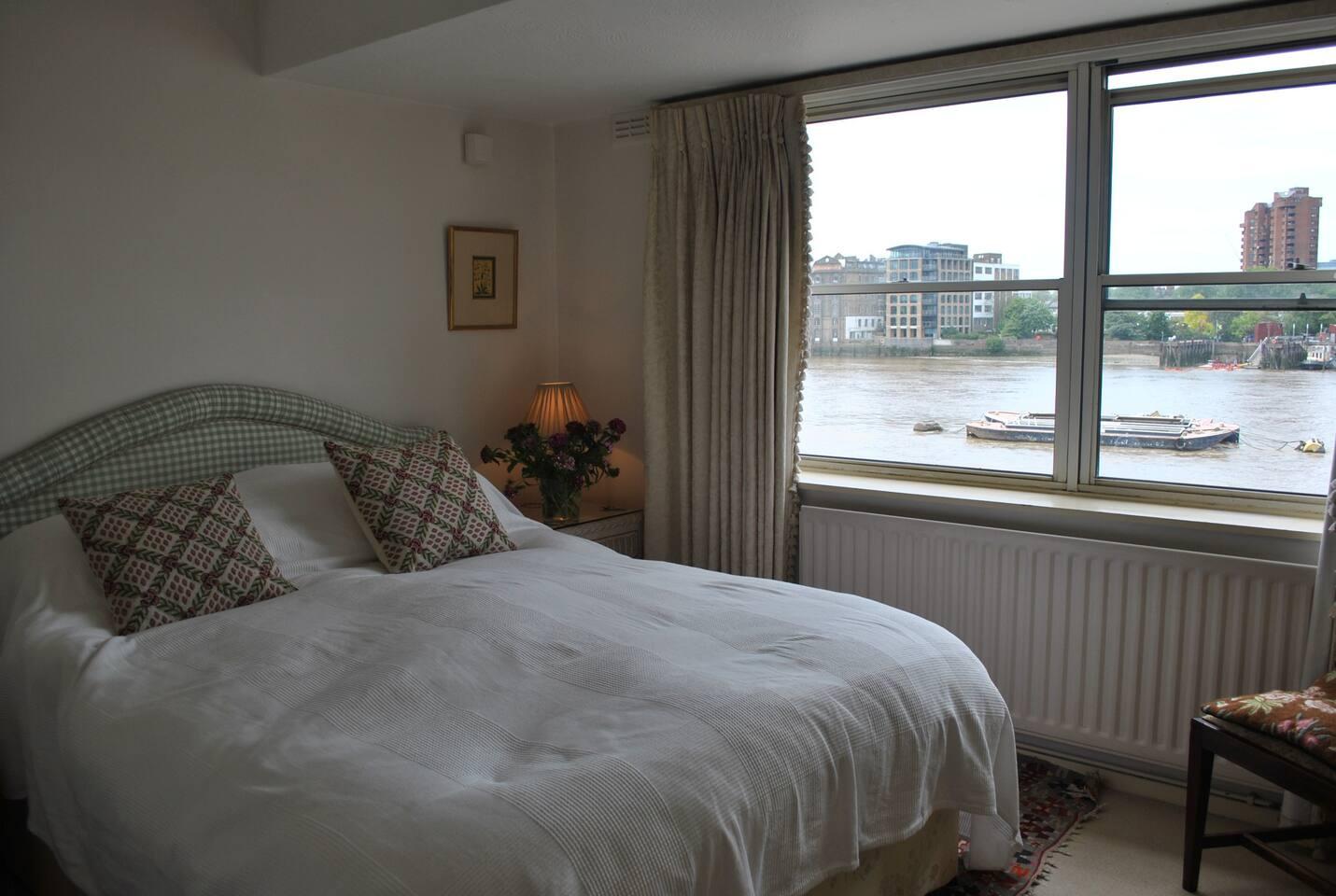 Wonderful views across the river Thames