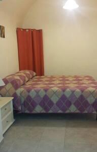 Monolocale 90mq - Lägenhet