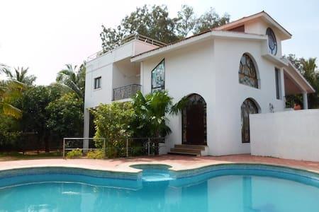 Villa near MGM and Dakshinchitra, Explore ECR!! - Villa