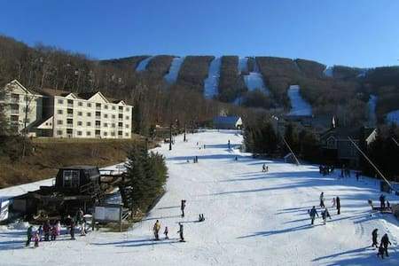 Ski Jiminy 2 Br Ski Condo Wyndham Bentley Brook - Huoneisto