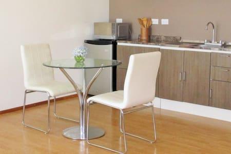 Brand New Modern Studio Apartment 4 - Appartamento
