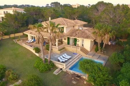 Sea View Villa Mallorca - Villa