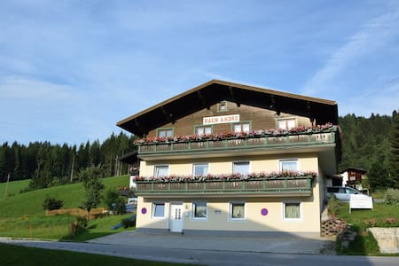 Alpine Apartment Andre 2 - Lakás