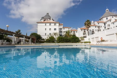 1 Bedroom apartment with pool, 10min from Marina - Quarteira - Apartament
