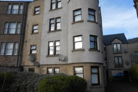 3 bed Flat Ideal for Open Golf 2015