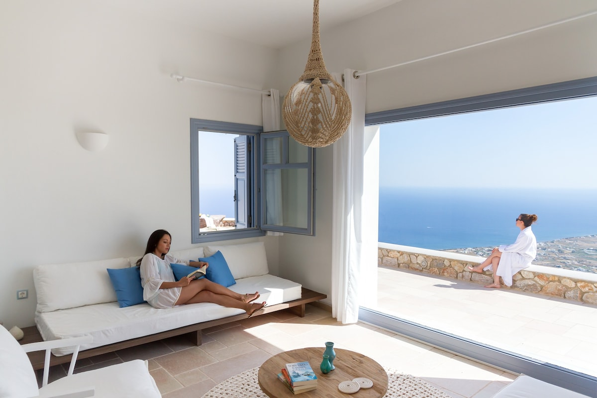 Apartment prices Island Pyrgos in rubles