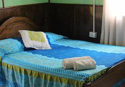 RESIDENCIAL VAIANNY - EASTER ISLAND - Bed & Breakfast