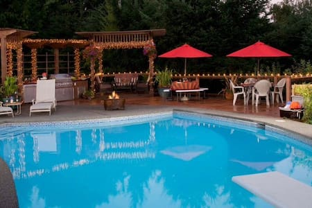 US Open Luxury Lodging with Pool - Σπίτι