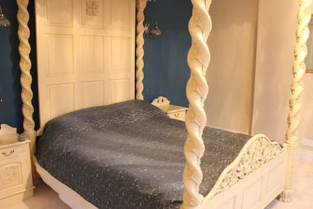 Aquarius - Capella BnB - Bed & Breakfast