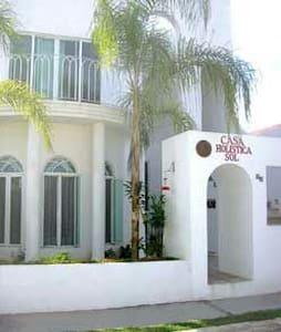 CASA HOLISTICA SOL - House