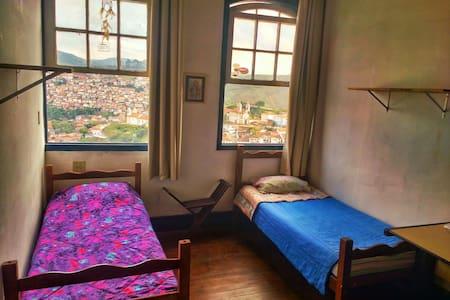 Quarto com ótima vista - fraternity - Ouro Preto