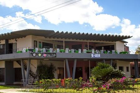 Hostal Rocola Club-Room2 - Hus