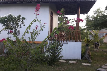 Nice cabana with the balcony! - Hambantota
