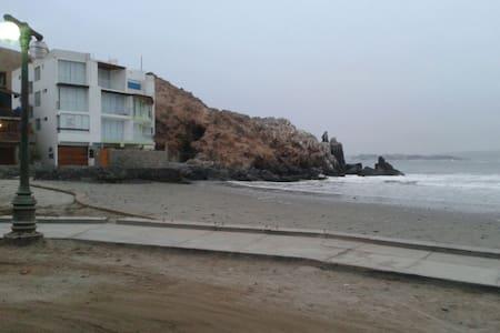 """Departamento al Pie del Mar """"Beach & Surf"""" - Cerro Azul - Apartment"""