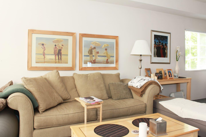 Living room.....really comfy sofa