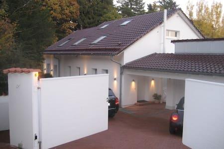 Freistehendes Einfamilienhaus - Althütte - Talo