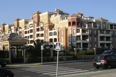 Apartamento frente al mar - Playa de Isla Canela - Lejlighed