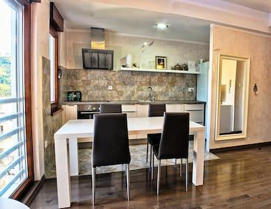 Petrovac Luxury Apartments!