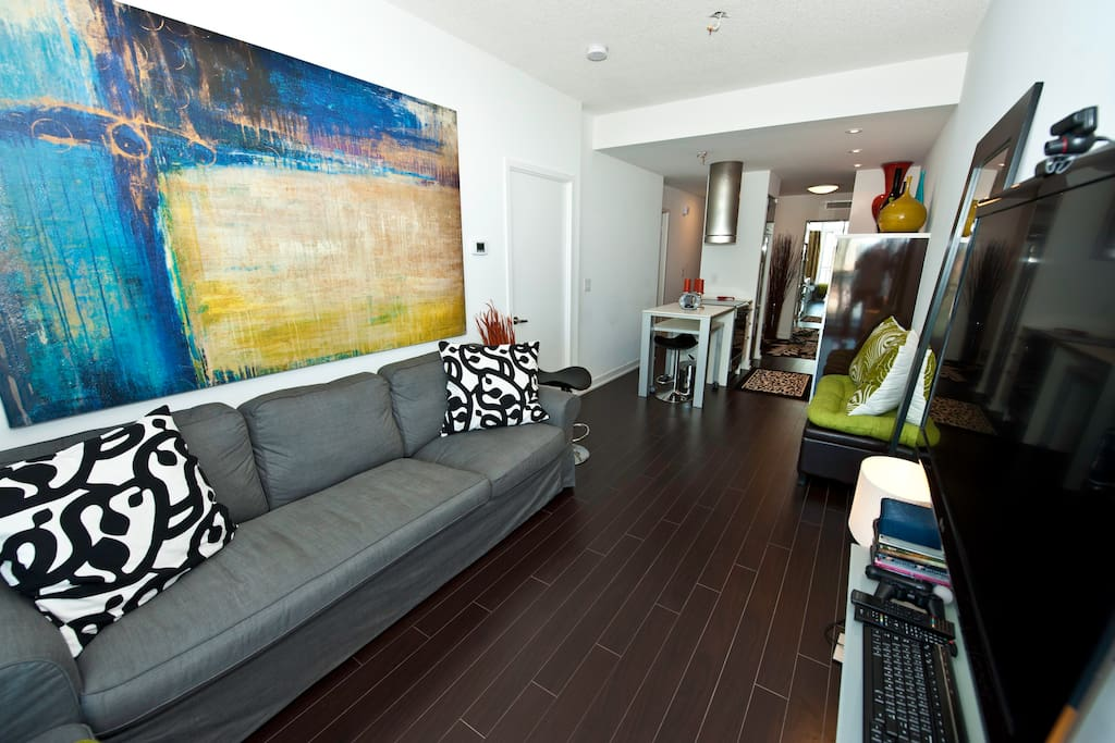 WATERFRONT EXECUTIVE SUITE-DOWNTOWN