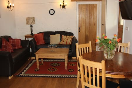 Beautiful converted stables - Chichester - Casa