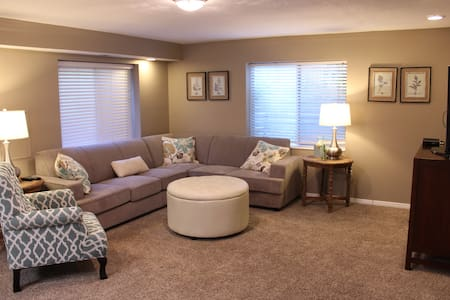 This is a super comfortable basement apartment perfectly located in a great neighborhood in Murray, Utah.