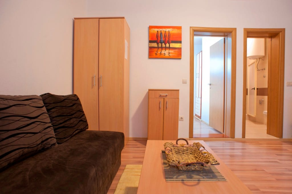 Apartments vojinovic бечичи