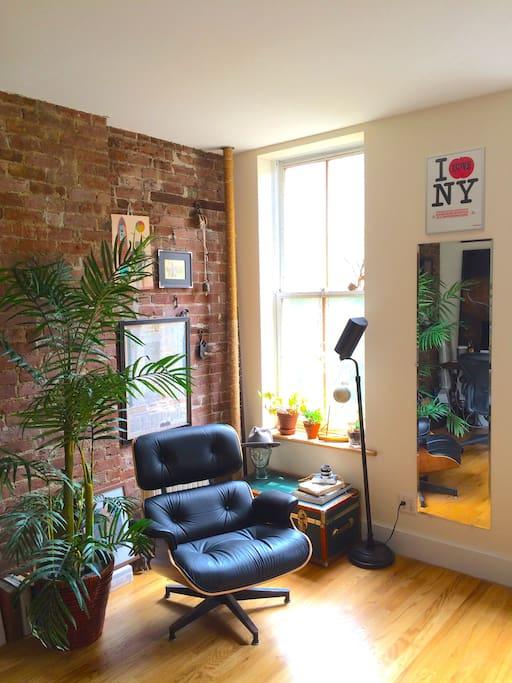 Eames lounge reading nook