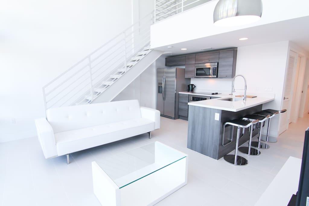 Great Sobe 2 bedroom loft/duplex