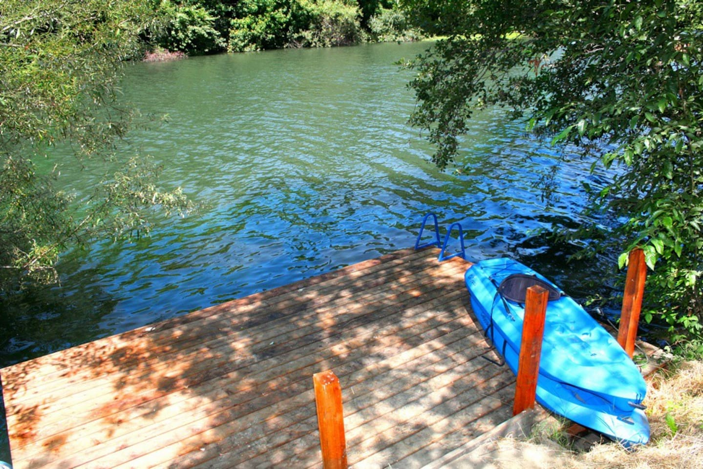 """""""Lily Pad""""Private Dock! Winecountry"""