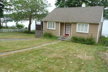 Olympia Waterfront Bungalow