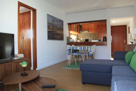 Apartment by the beach - Parede