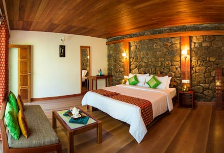 A perfect spot of virgin paradise the rooms are designed keeping in mind the ecological and aesthetic characteristics of the surrounding landscape.