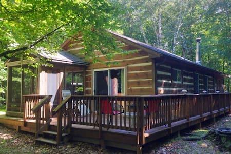 Door County Cabin in the Woods, Baileys Harbor - Casa