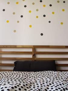 Gästezimmer für 4 Personen mit Bad - Apartamento