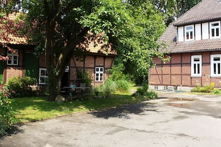 Old Farmhouse - Wittingen - Hus