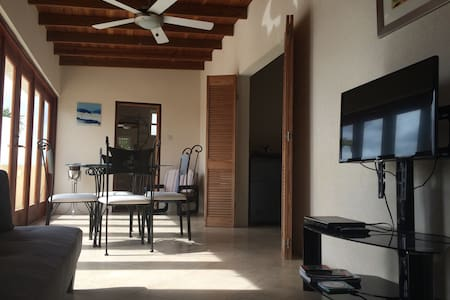 PALM VILLA BARBADOS 2 BEDROOMS - Holetown - Apartment