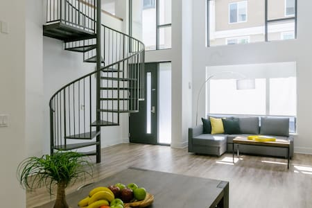 Brand New, Modern 2BR Loft Downtown