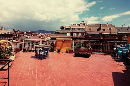 Cozy Atic with Terrace-centric BCN