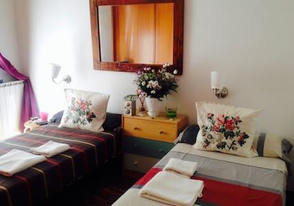 Mediterranean Study & thermal water village - Caldes d'Estrac - Apartamento